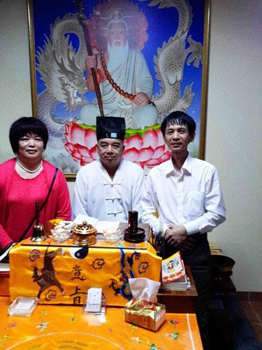 中国木雕第一人黄泉福先生拜访菲律宾白龙王许少锋